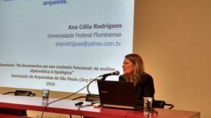 """Profª Dra. Ana Célia Rodrigues - """"Identificação de tipologia documental: metodologia para gestão de documentos e arquivos"""""""